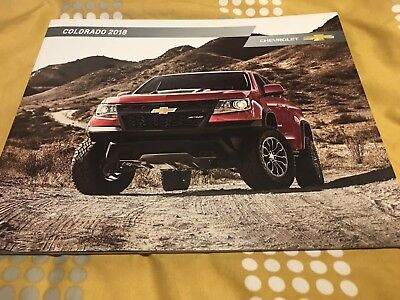 2018 CHEVY COLORADO 44-page Original Sales Brochure