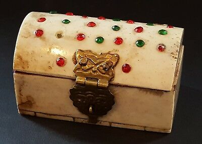 Carved white red & green stones vintage Art Deco antique tiny chest box
