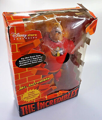 """The Incredibles Mr. Incredible 12"""" talking figure - Disney Store Exclusive"""