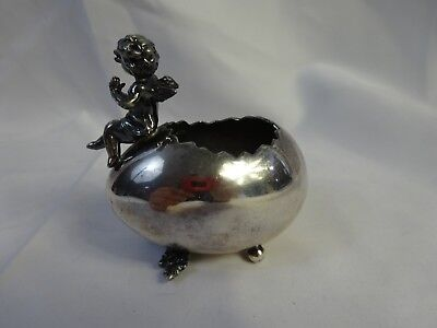 Vtg DERBY SILVER Co PLATED Cherub EGG Display pc #1706 Patented Toothpick Holder