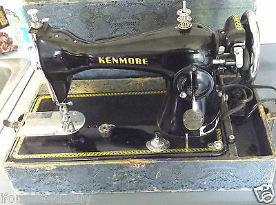 Kenmore Straight Stitch De Luxe Sewing Machine With Case