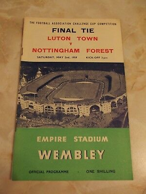 LUTON TOWN v NOTTINGHAM FOREST FA CUP FINAL GAME 1959