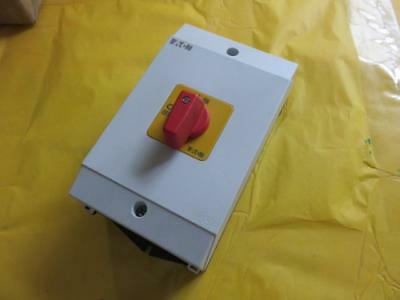 NEW E.T.N Moeller ETN P1-32/I2-RT on-off switch Surface Mounting NIB