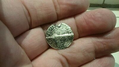 Selling as Unidentified rare? Medieval silver Hammered Coin 0.82g L57g