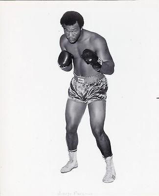GEORGE FOREMAN 8X10 Photo BOXING BLACK AND WHITE PICTURE