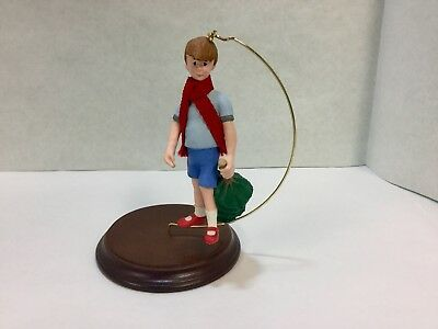 "Hallmark Keepsake Christmas Ornament ""Christopher Robin"" Winnie The Pooh~"