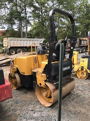ROLLER- Asphalt smooth drum - $12500