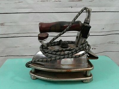 Vintage GE General Electric Hotpoint Calrod Electric Iron 149F86  With stand