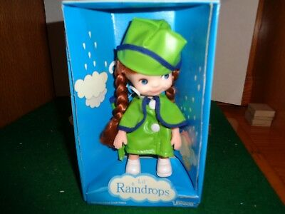 """Vintage 7"""" Uneeda Lil' Raindrops Redheaded Doll in Box complete with Umbrella"""