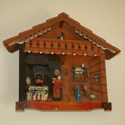 2570 Rare Old Vintage Wood Carving Anri ? Black forest DIORAMA SHADOW BOX carved
