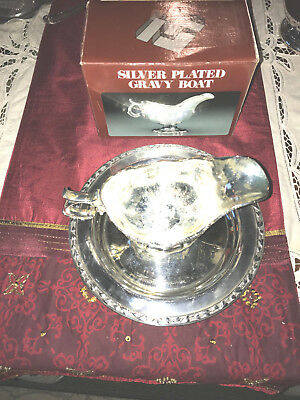 Vintage Ornate Silver Plated Gravy Boat with box on WM A Rogers SP Server