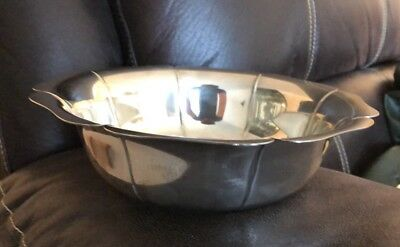 Tiffany & Co Sterling Silver Large Heavy Bowl 19.3 Ounces. 23987