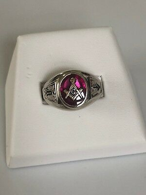 Solid & Heavy (9.1grams) 10K White Gold Red Stone Masonic Ring - Size 11.5