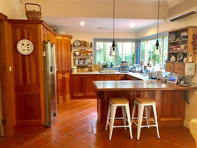 Used 2Nd Hand Timber Kitchen Second Oven Bench & Cook Tops Cupboards Sink Pantry