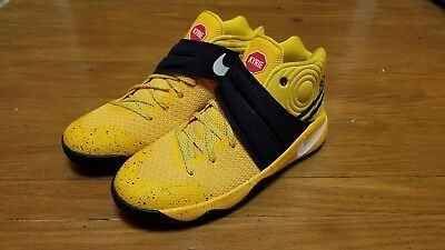 """Nike Kyrie 2 """"school Bus"""" 826673-700 Gs Youth Boys Basketball Shoes Gold/black/"""