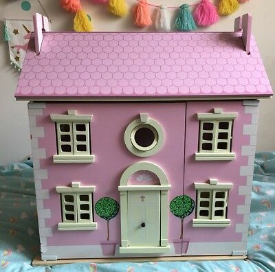 Le Toy Van Bay Tree Wooden Doll House
