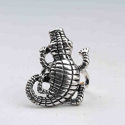 Chinese Collectable Tibet Silver Hand Carved Crocodile Ring  G730