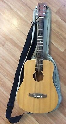 TANGLEWOOD TRAVELLER ACOUSTIC GUITAR & GIG BAG & Strap