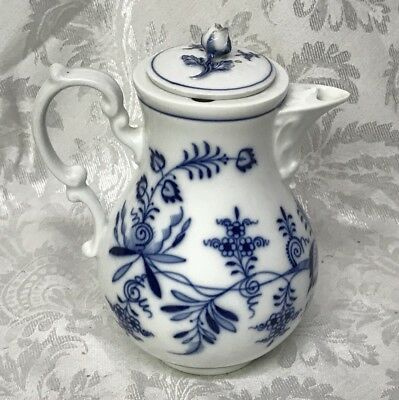 "Antique Meissen Blue Onion Coffee Pot 7.5"" Tall 6"" Wide"