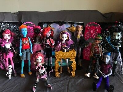 Monster High Dolls Rare HTF - Boys, Cupid, First Wave, Playset, Ghouls Rule
