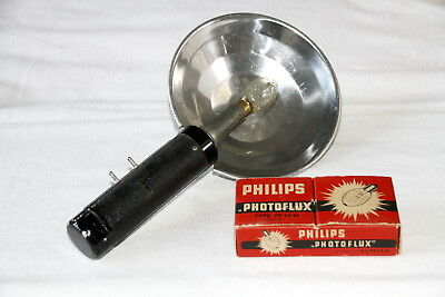 Argus flash unit with box of flash bulbs for argus C3 camera