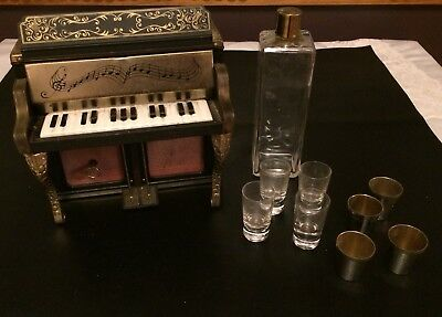 Vintage Decanter PIANO MUSIC BOX BAR WITH MIXED GLASSES JAPAN METAL TIN