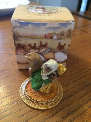 Wee Forest Folk Squirrel Peasant a la Gauguin w Box - Retired