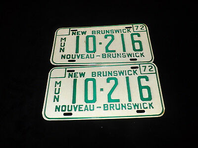PAIR OF 1972 NEW BRUNSWICK MUNICIPALITY License Plates MUN 10-216