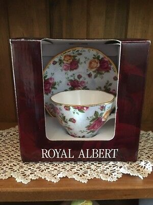 """Royal Albert Old Country Roses  """"Blue Damask"""" Cup & Saucer As New In Box"""