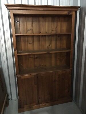 Country Style Solid Timber Buffet and Hutch Kitchen Dresser