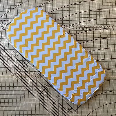 Bugaboo Donkey fitted sheet for carrycot bassinet Yellow Chevron