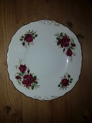 Beautiful Red Rose Colclough Bone China Dinner Plate With Gold Rim