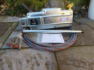 Tractel Tirfor T532 D with handle and 10m cable