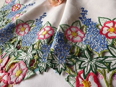 Vintage Hand Embroidered  Linen Tablecloth=Stunning Bold Openwork