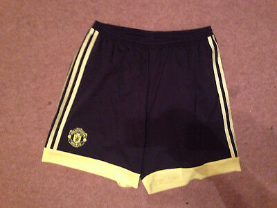 Mens Manchester United football shorts size large W34""