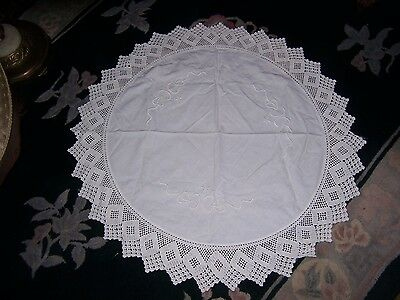 "VINTAGE CROCHET EMBROIDERY TABLECLOTH 34"" Round White"