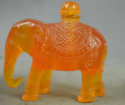 Chian Collection Handwork Old Amber Carve Vivid Elephant Auspicious Snuff Bottle
