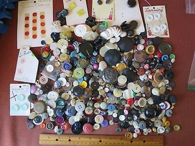 Huge lot of Antique/Vintage Buttons!! Glass, Metal, Cards and More!!