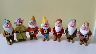"""Disney's Snow white - The Seven Dwarfs Figures Play Set Dolls 4.5"""" high -jointed"""
