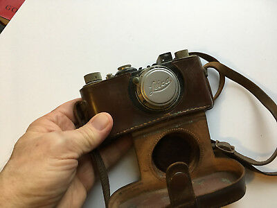 Vintage Leica 35 Camera With Carrying Case