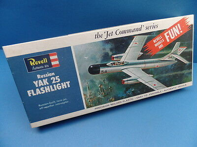 "1/48 Revell Authentic (1964 / H-274)Jet Command Serie: Jak-25 ""Flashlight"""