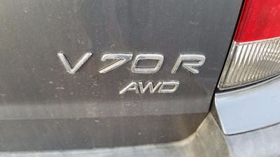 2004 Volvo V70 AWD R wagon Clean, hard to find 2004 Volvo V70 R