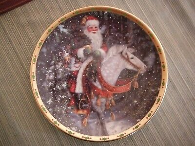 """Lenox SANTA Collection Decorative Plate - """" SANTA OF THE NORTHERN FOREST """""""