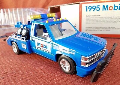 1995 Mobil Collectible Toy Truck Limited Collector's Edition
