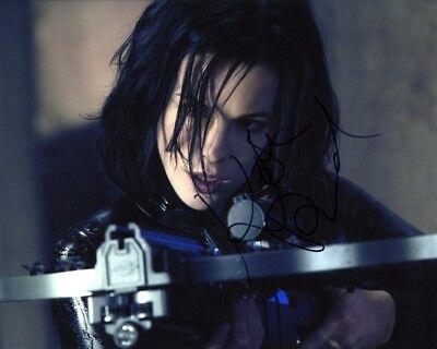 Kate Beckinsale Underworld 8x10 Photo Signed Autographed COA