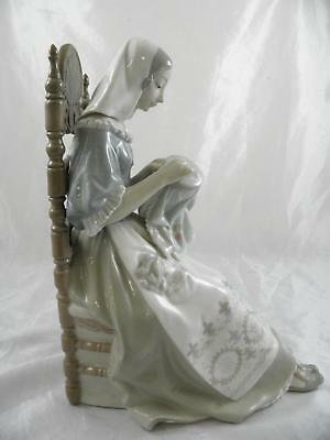 Lladro 'Embroiderer' #4865 Lady embroidering in large chair, excellent condition