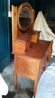 timber dressing table