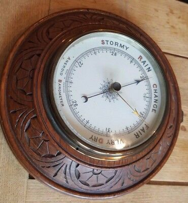 High Quality - CARVED OAK ANEROID BAROMETER - With ceramic dial and glass cover