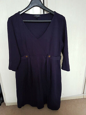 Isabella Oliver navy maternity dress in size 4