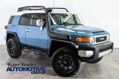 2013 Toyota FJ Cruiser Base Sport Utility 4-Door 2013 FJ CRUISER 4X4 AUTOMATIC CUSTOM ALLOY WHEELS ROOF TOP CARRIER V6 A/C